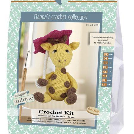 Haakpakket van het merk Go Handmade. Compleet pakket. Giraffe Gunilla