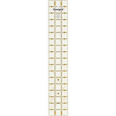 Omnigrid liniaal. Merk: Prym. Afmetingen: 3 x 18 inch.