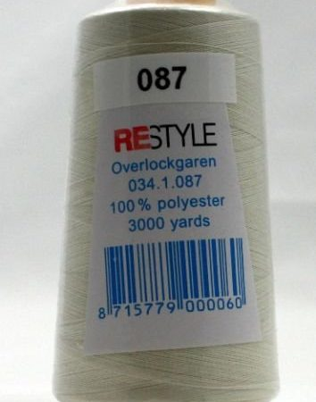 Polyester lockgaren ivoor 034.1.087. Lengte: 2700 meter