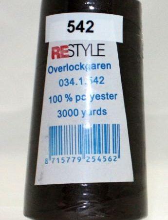 Polyester lockgaren leverkleurig 034.1.542. Lengte: 2700 meter