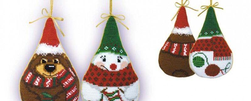 Riolis Borduurpakket Kersthangers Aida De Sneeuwman en de Beer