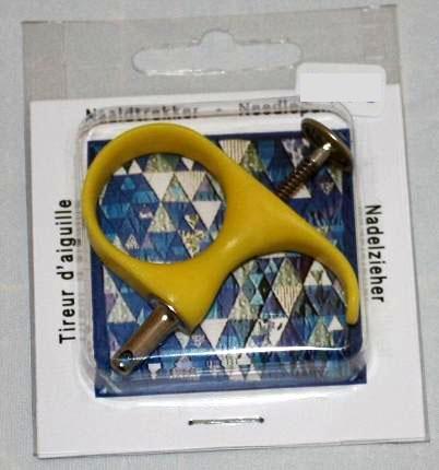 Naaldtrekker geel. Een handig hulpmiddel voor het quilten met de hand