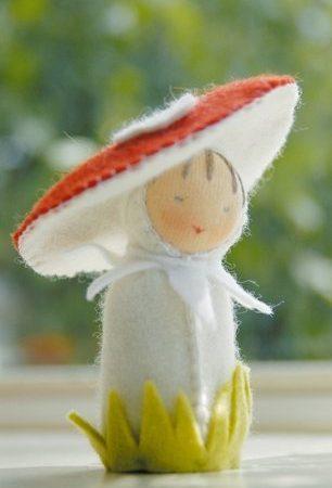Viltpakket van De Witte Engel. Compl. Tafelpopje Paddestoelpoppetje