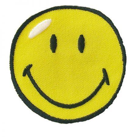 Strijkapplicatie Smiley middel 04073. Geborduurd. Diameter: 5 cm