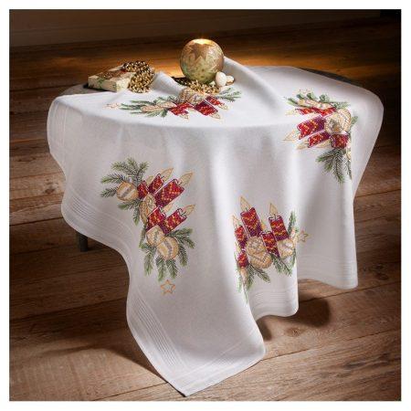Deco-line kerst tafelkleed voorbedrukt katoen 20-011. Afm.: 80 x 80 cm