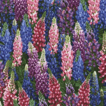 Quiltstof katoen Landschap Bloemen Lupinen 4948. Verkoop per 25 cm.