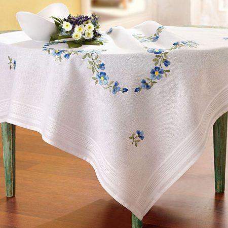 Deco-line tafelkleed voorbedrukt katoen 11-458. Het patroon is voorbedrukt