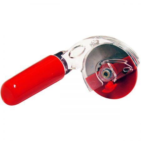 Snij- en rolmes van het merk Martelli. Het is rechtshandig. 45 mm diameter.