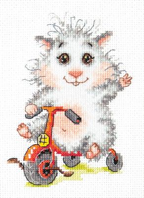 Beginner borduurpakket. Chudo Igla. Onderwerp: Hamster op driewieler.