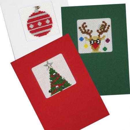 Pako Borduurpakket Aida set van 3 kerstkaarten. Afmeting: 11 x 16 cm.