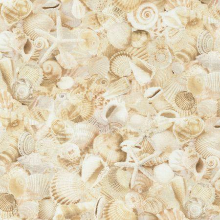Quiltstof katoen Beach Natural schelpen allover. Verkoop per 25 centimeter