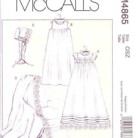 McCall's M4865 Doopjurk. Merk: McCall's. Artikel: Patroon